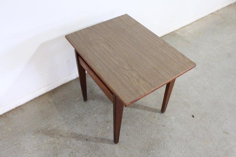 Mid-Century Danish Modern Jens Risom Walnut End/Side Table For Sale 5