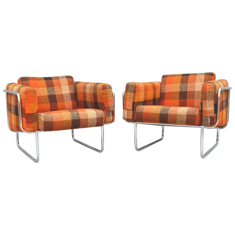 Mid Century Danish Modern Lounge Chairs by Hans Eichenberger For Sale 1