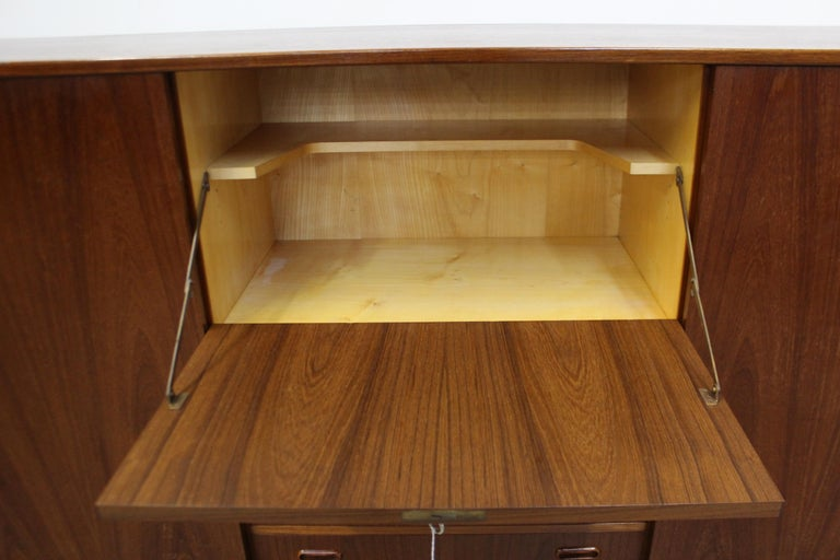 Midcentury Danish Modern Omann Jun Teak Secretary Credenza Highboard In Good Condition For Sale In Wilmington, DE