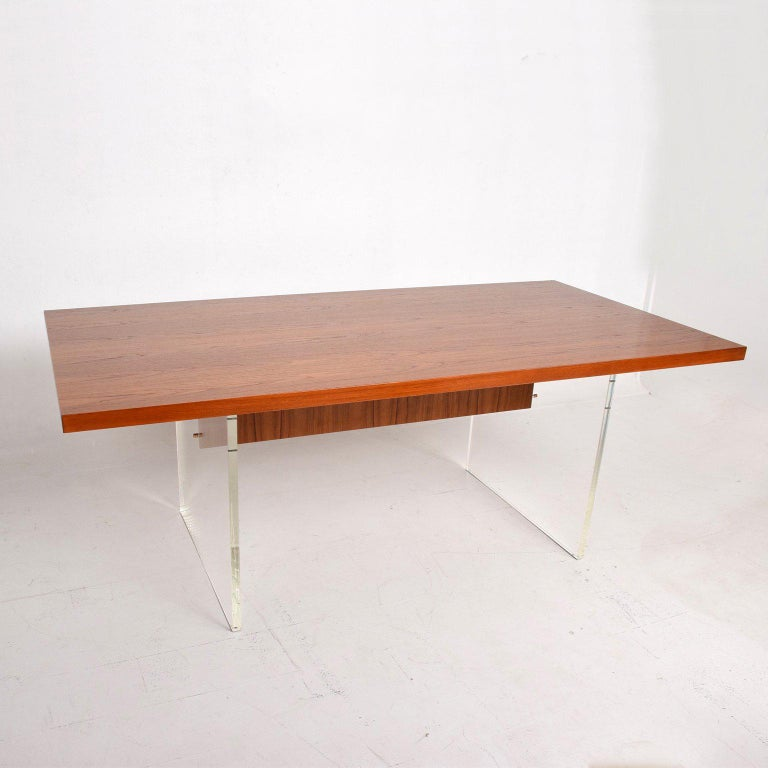 Mid-Century Danish Modern Teak and Lucite Dining Table For Sale 1