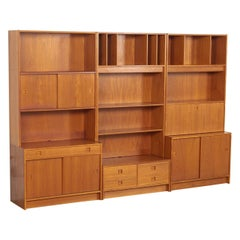 Midcentury Danish Modern Teak Wood Shelving Unit Bookcase Display Cabinet, 1970s
