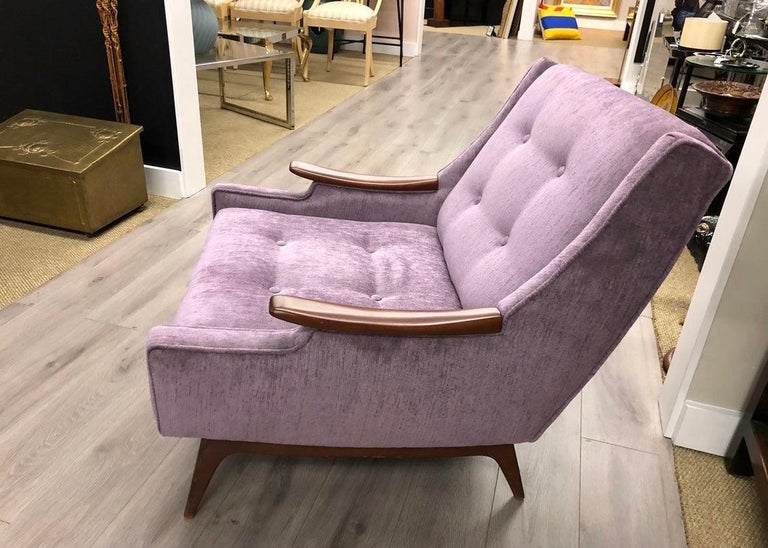 Midcentury Danish Modern Tufted Lounge Chair Newly Upholstered In Good Condition In West Hartford, CT