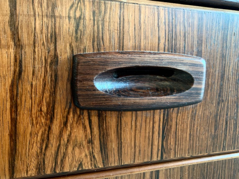 Midcentury Danish Rosewood Chest of Drawers For Sale 1