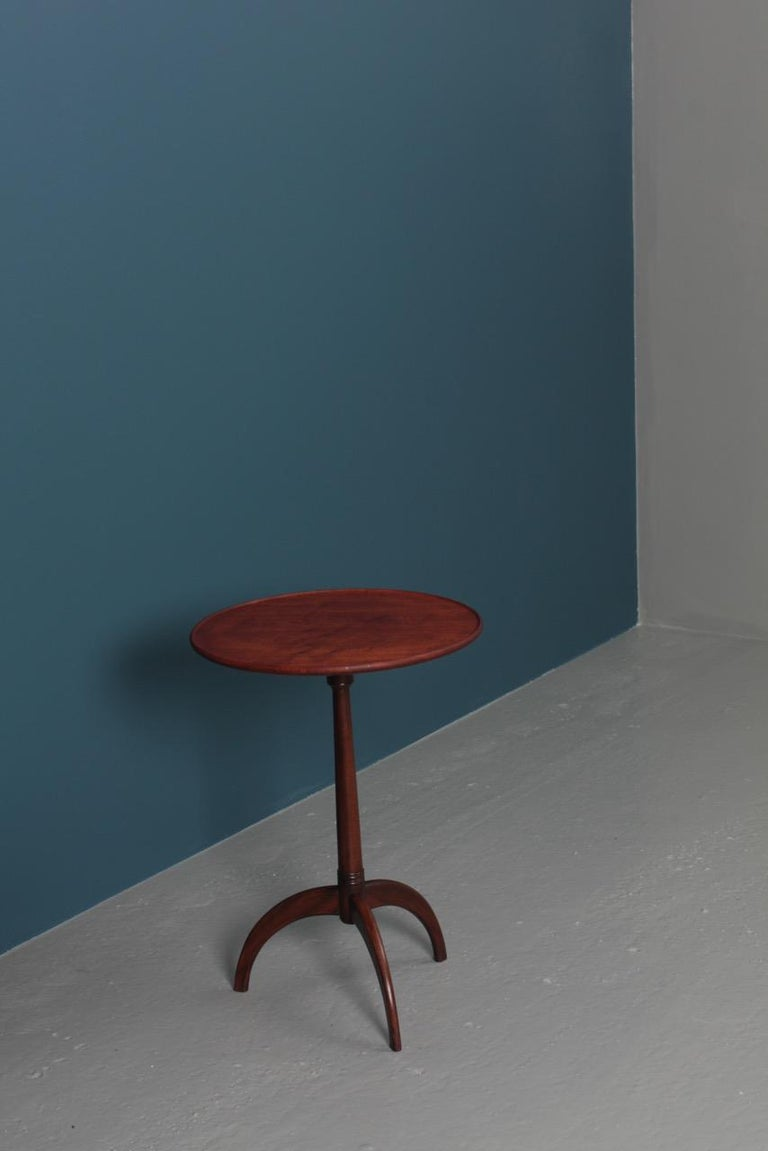 Midcentury Danish Side Table, Solid Mahogany by Cabinetmaker Frits Henningsen For Sale 2