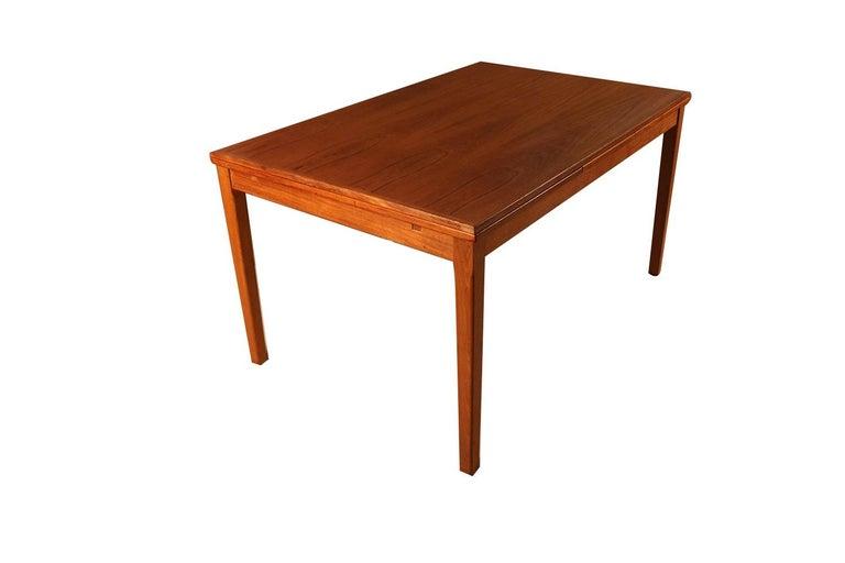 Midcentury Danish Teak Extendable Dining Table For Sale 3