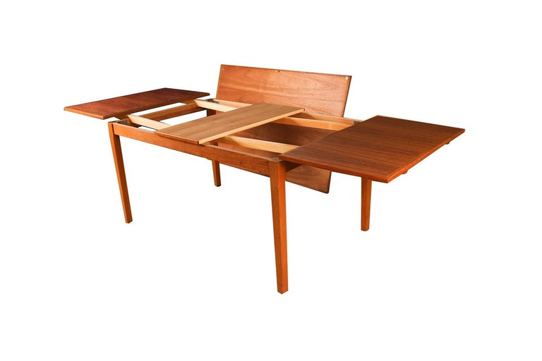 Midcentury Danish Teak Extendable Dining Table For Sale 4