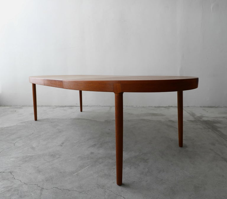 Midcentury Danish Teak Oval Dining Table by Harry Ostergaard for A/S Randers In Good Condition In Las Vegas, NV