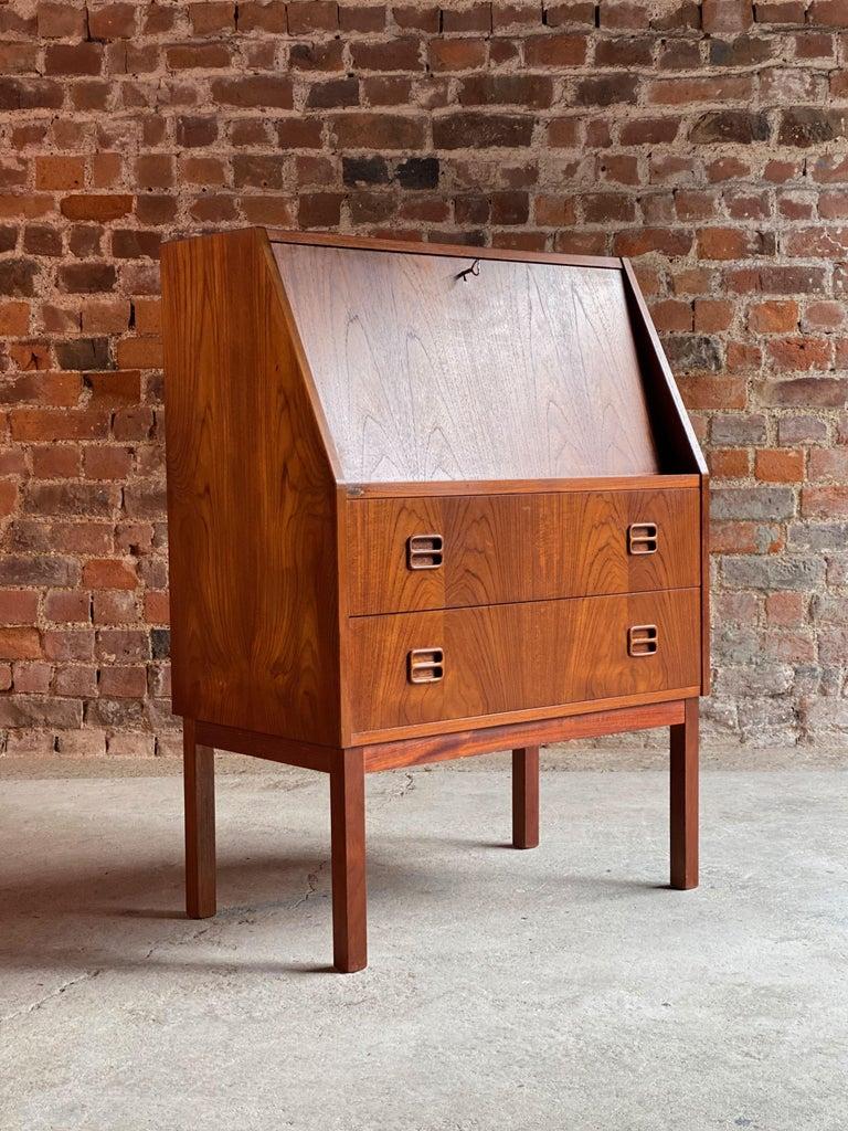 Midcentury Danish Teak Writing Bureau & Moller Style Chair, Denmark, circa 1970 For Sale 5