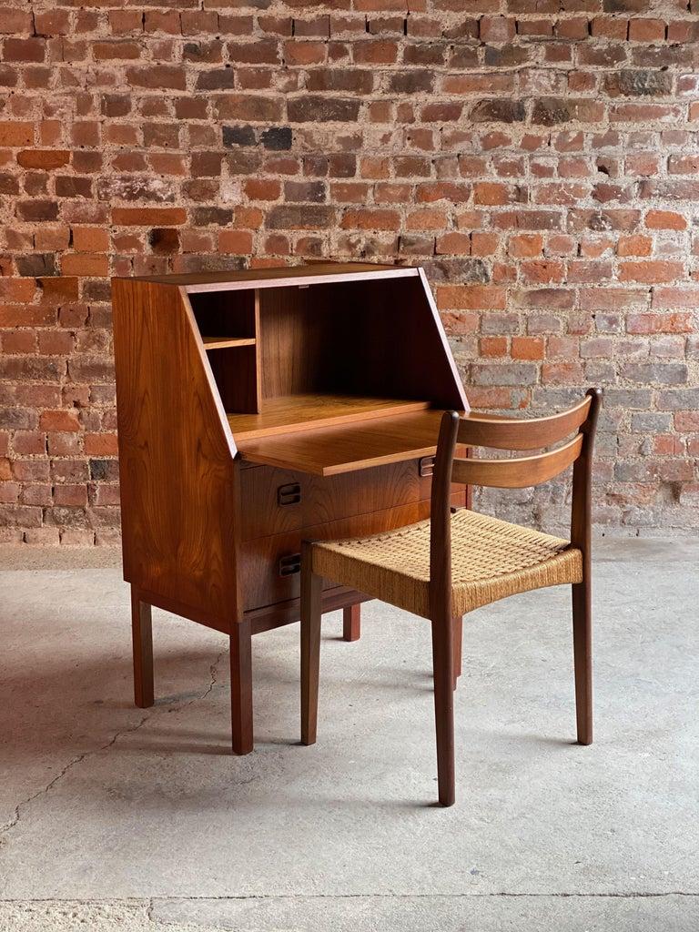 Midcentury Danish Teak Writing Bureau & Moller Style Chair, Denmark, circa 1970 In Good Condition For Sale In Longdon, Tewkesbury