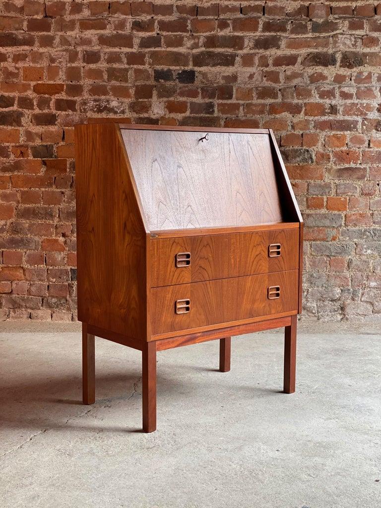 Midcentury Danish Teak Writing Bureau & Moller Style Chair, Denmark, circa 1970 For Sale 4
