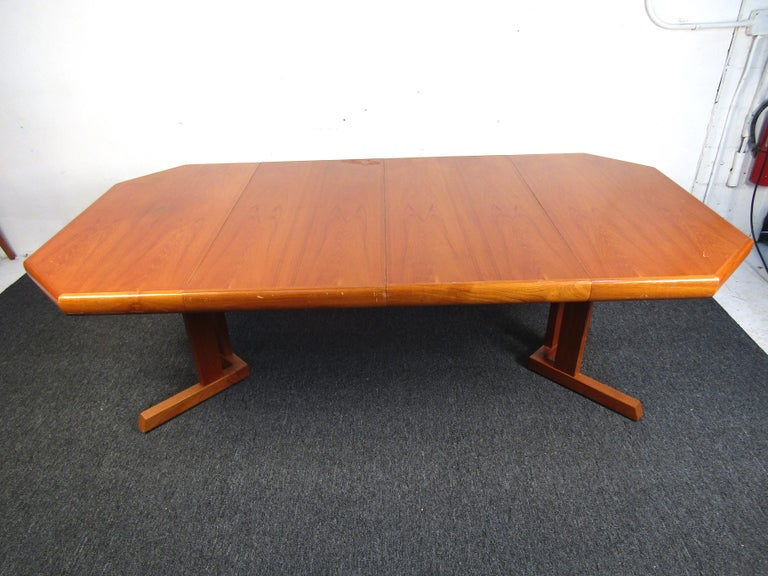 20th Century Mid-Century Danish Teak Dining Set with Four Chairs For Sale