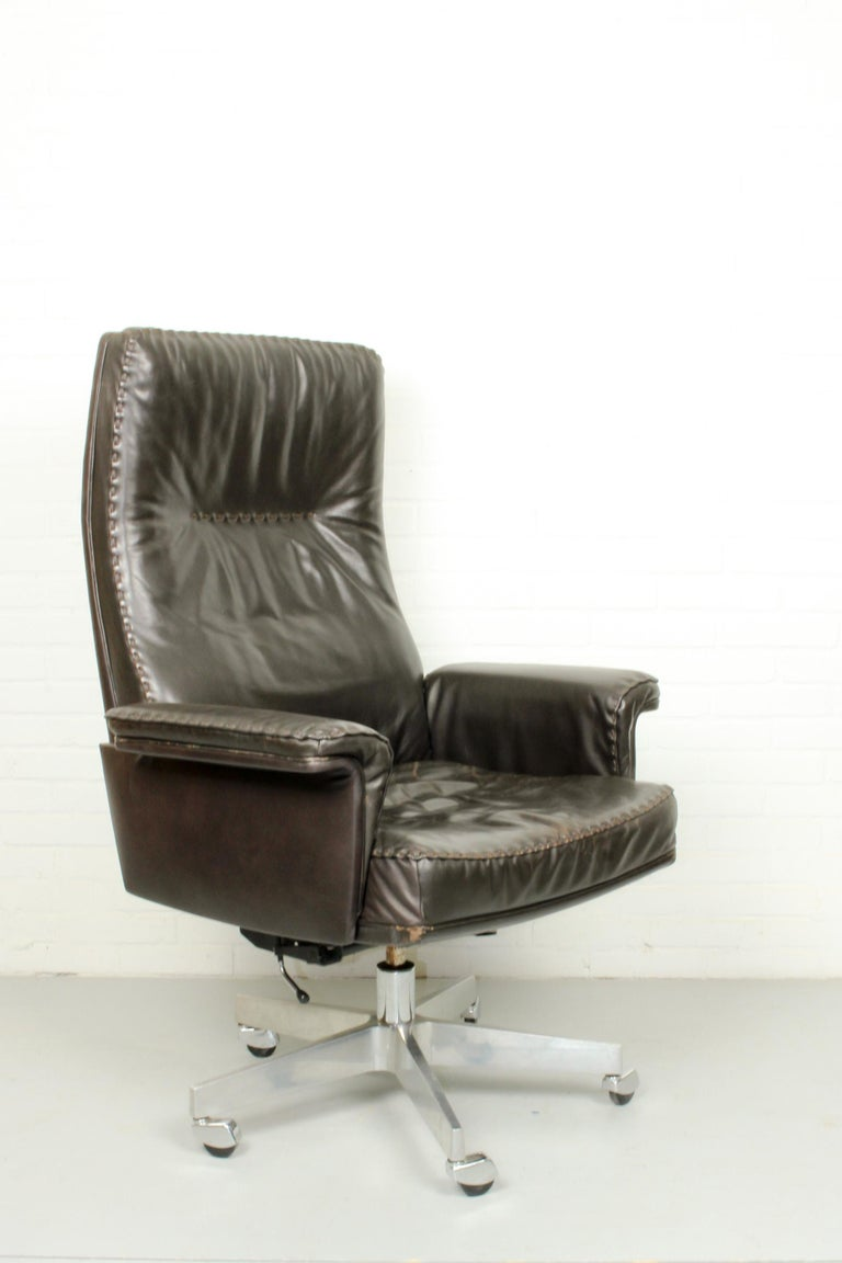 Mid-Century Modern Midcentury De Sede DS 35 Executive Recliner or Swivel Office Chair, 1960s For Sale