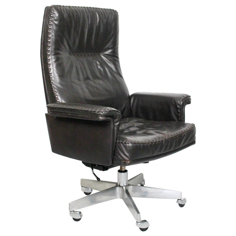 Midcentury De Sede DS 35 Executive Recliner or Swivel Office Chair, 1960s For Sale