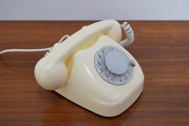 Mid-Century Design Telephone by Tesla, 1979 For Sale 1