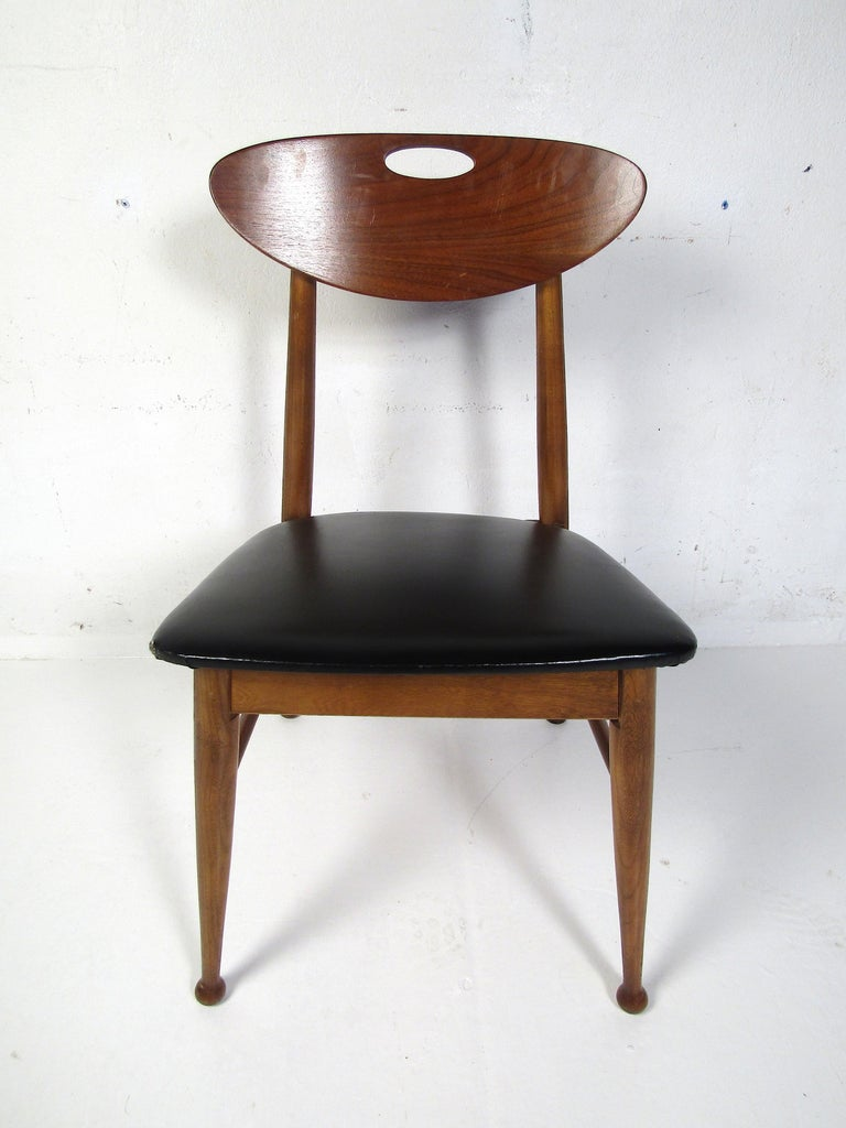 Midcentury Desk and Chair by Hooker Furniture For Sale 4