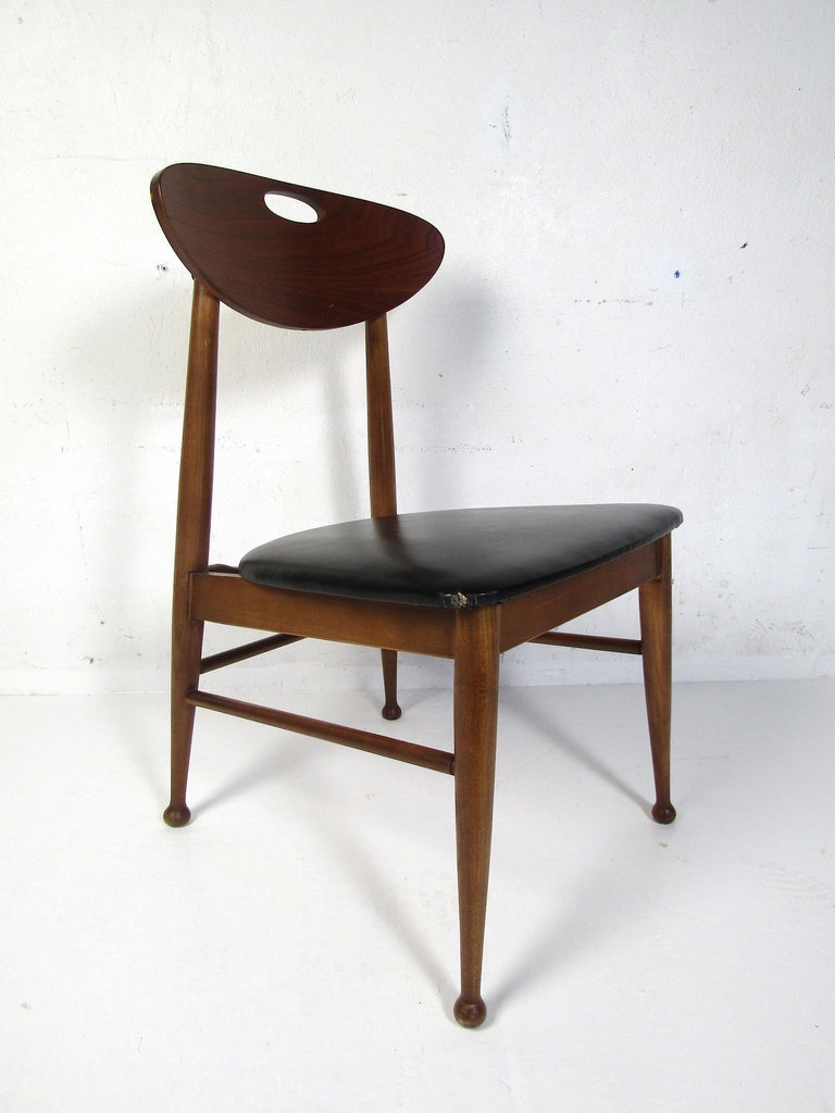 Midcentury Desk and Chair by Hooker Furniture For Sale 5
