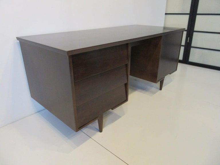 Mid-Century Modern Midcentury Desk by Mengel Furniture For Sale