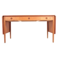 Midcentury Desk in Teak and Oak by Hans J. Wegner, Danish Design 1950s