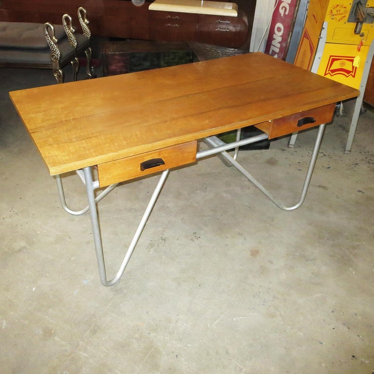 Mid-Century Modern Midcentury Desk with Tubular Base Design For Sale