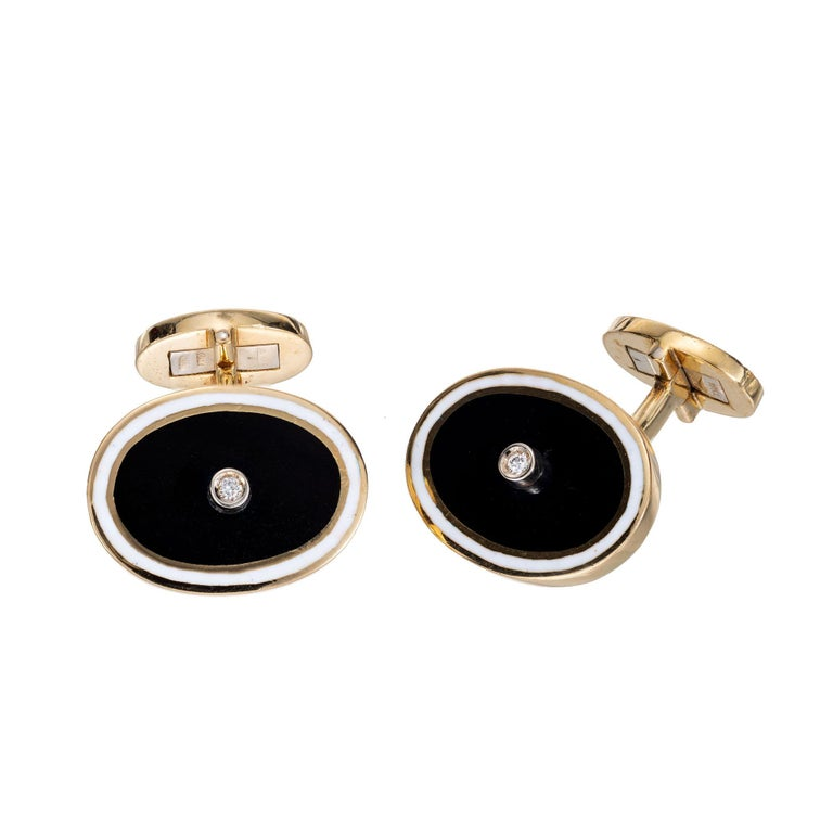 Midcentury Diamond Black White Enamel Gold Cufflinks In Good Condition For Sale In Stamford, CT