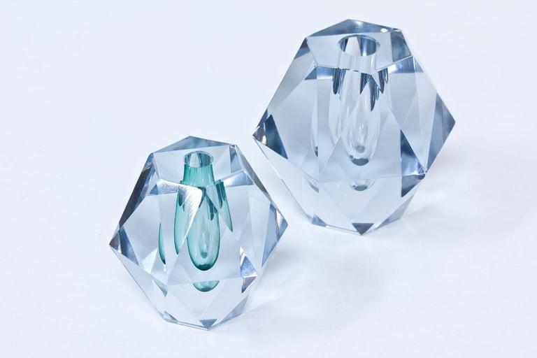 Midcentury Diamond Crystal Glass Vase by Strömbergshyttan, Sweden In Good Condition For Sale In Stockholm, SE
