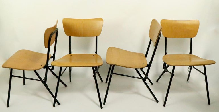 Mid Century Dinette Card Table Set by Cavalier In Good Condition For Sale In New York, NY
