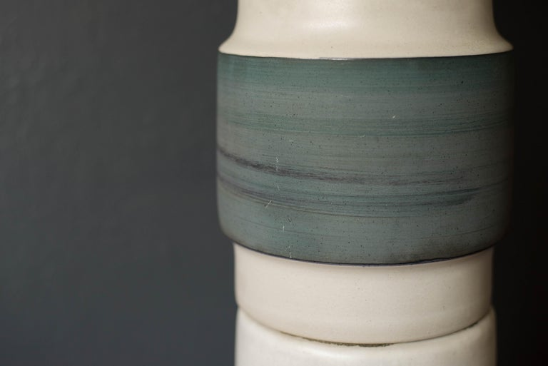 Mid Century Double Stacked Stoneware Pottery Lamp by Martz For Sale 5