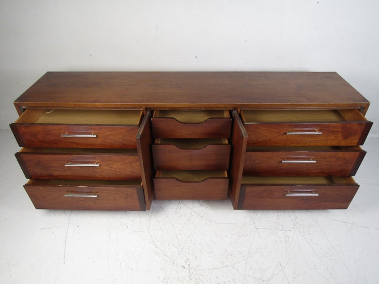 American Midcentury Dresser by Lane For Sale