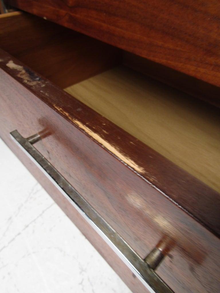 Midcentury Dresser by Lane For Sale 1