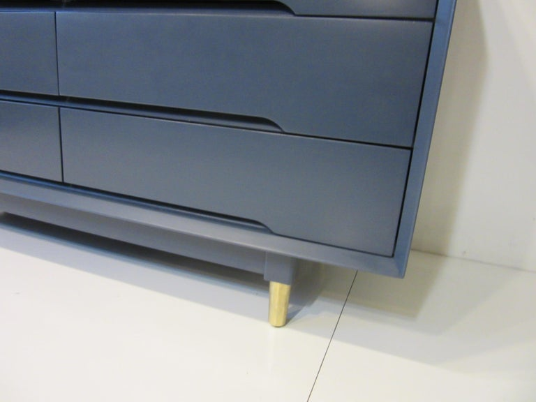 Midcentury Dresser / Chest from the Beverley Hills Ensemble by T. Walczer For Sale 1