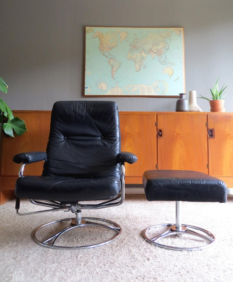 Midcentury Ekornes Stressless Reclining Leather Chrome