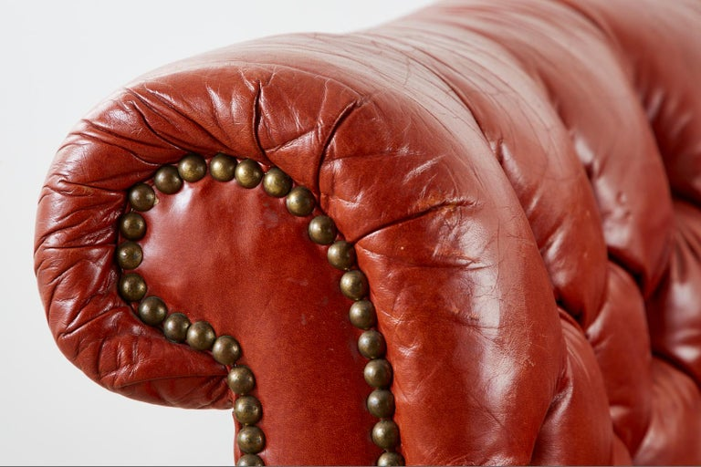 Midcentury English Chesterfield Style Curved Leather Settee For Sale 5