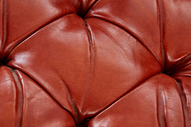 Midcentury English Chesterfield Style Curved Leather Settee For Sale 12