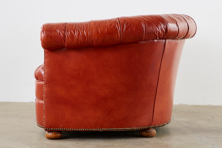 20th Century Midcentury English Chesterfield Style Curved Leather Settee For Sale