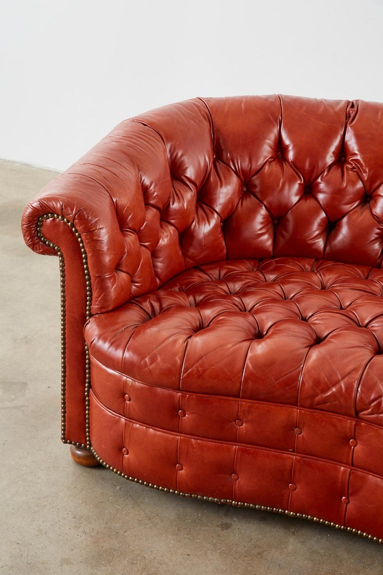 Midcentury English Chesterfield Style Curved Leather Settee For Sale 1
