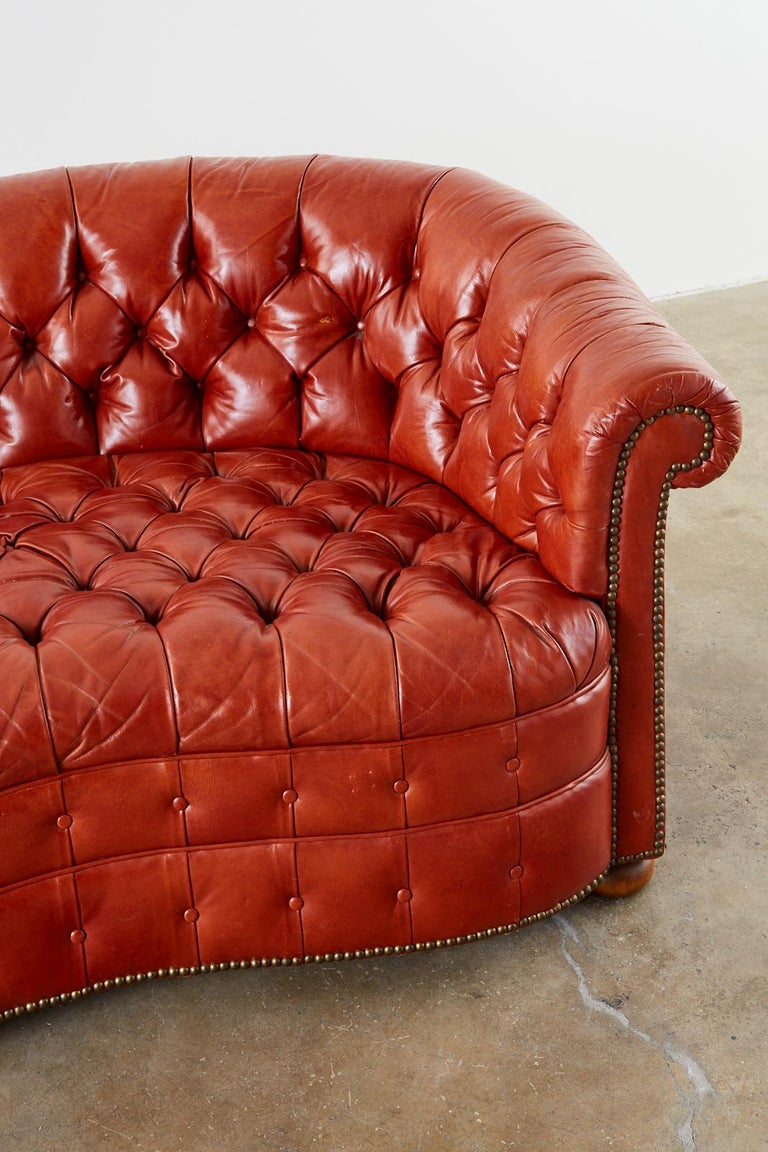 Midcentury English Chesterfield Style Curved Leather Settee For Sale 2