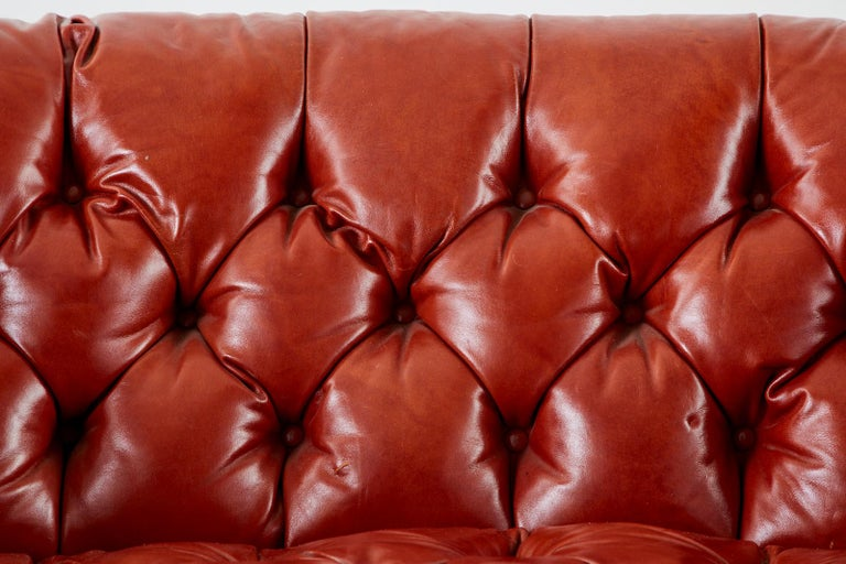 Midcentury English Chesterfield Style Curved Leather Settee For Sale 4