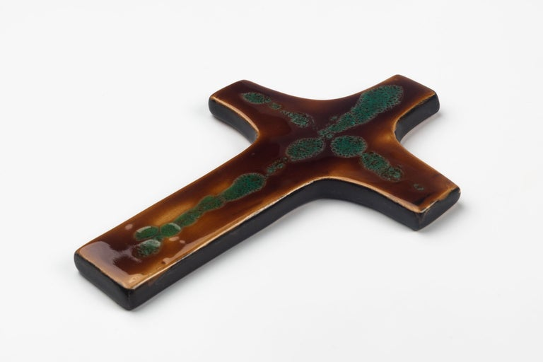 Hand-Crafted Mid-Century European Wall Cross, Brown, Green, Glazed Ceramic, Handmade, 1970 For Sale