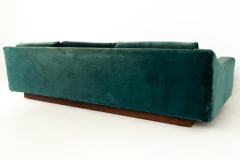 Mid Century Floating Walnut Plinth Base Sofa  In Good Condition For Sale In La Grange, IL