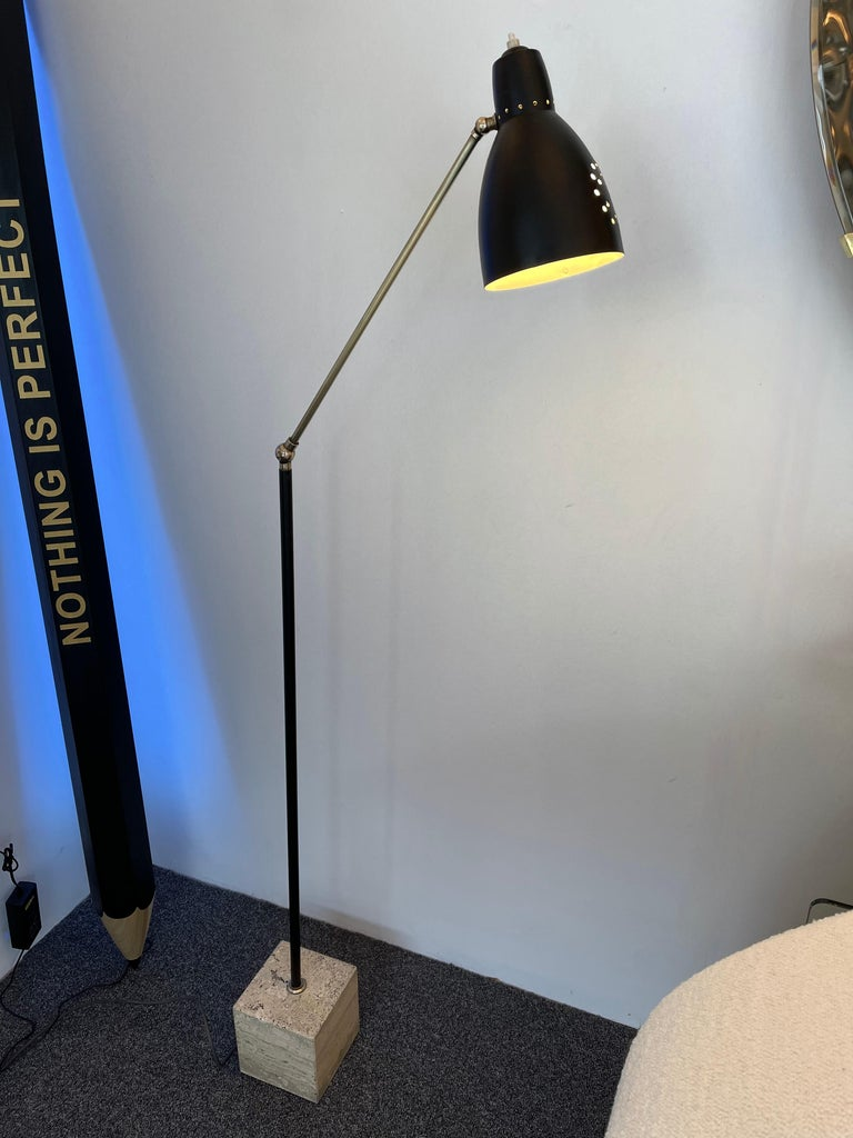 Mid Century Floor Lamp Brass and Lacquered Metal, Italy, 1950s For Sale 7