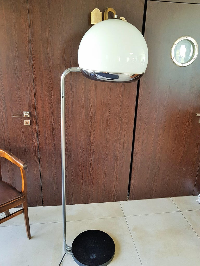 Mid-Century Floor Lamp Reggiani, Italy, 1960s For Sale 3