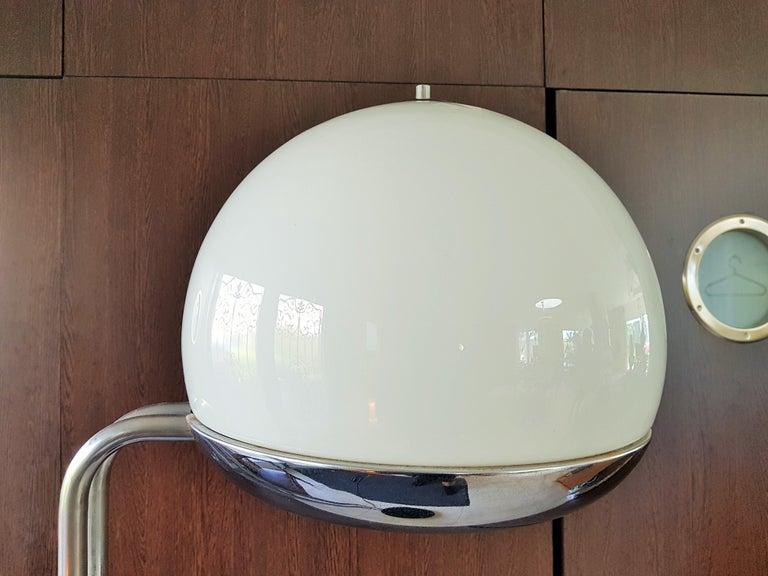 Glass Mid-Century Floor Lamp Reggiani, Italy, 1960s For Sale