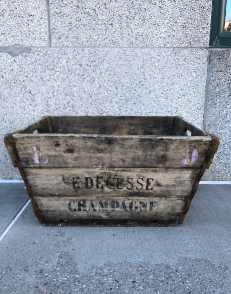 Midcentury French Champagne Harvest Basket For Sale 8