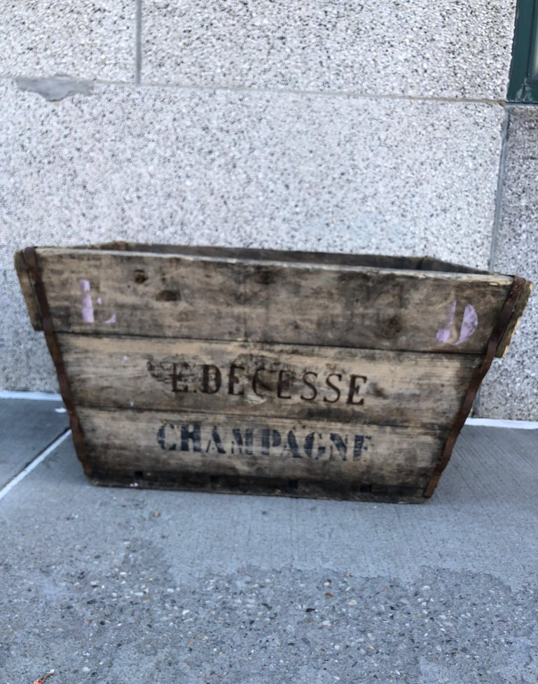 Midcentury French Champagne Harvest Basket For Sale 9