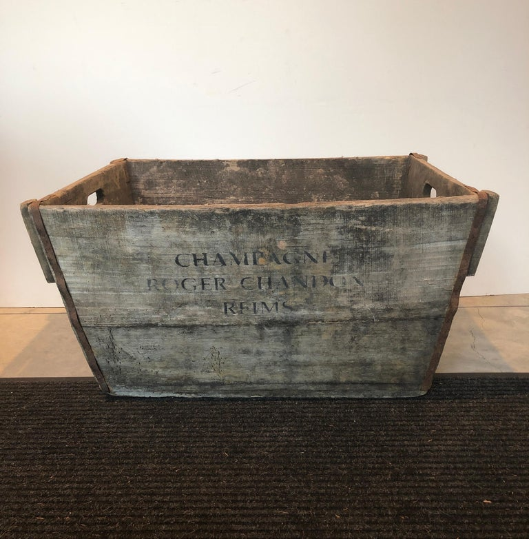 20th Century Midcentury French Champagne Harvest Basket For Sale