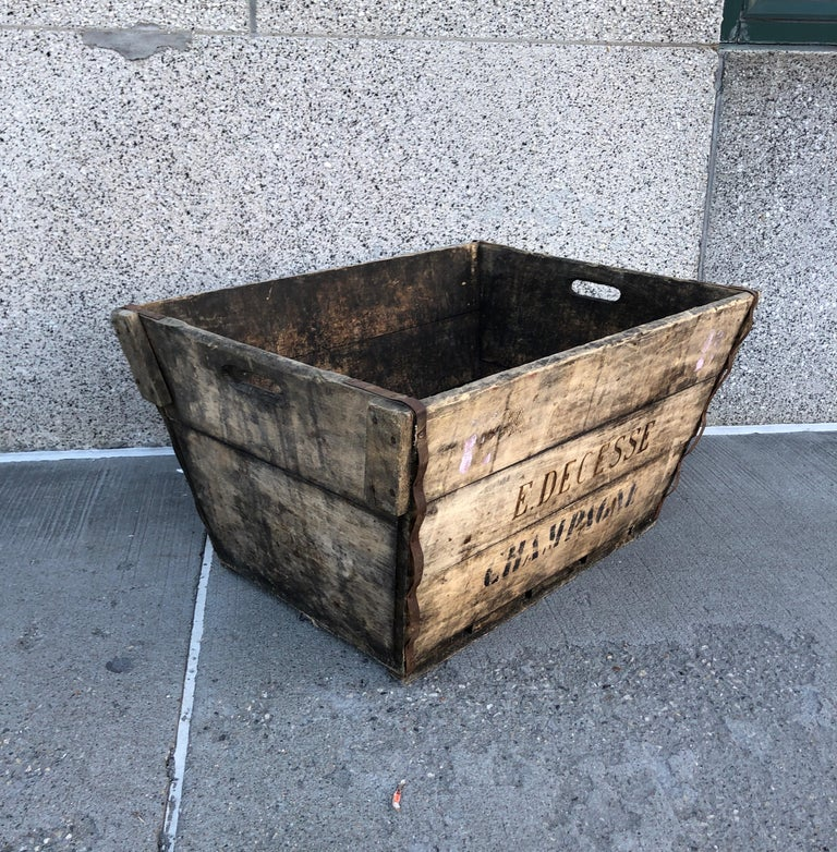 Midcentury French Champagne Harvest Basket For Sale 1