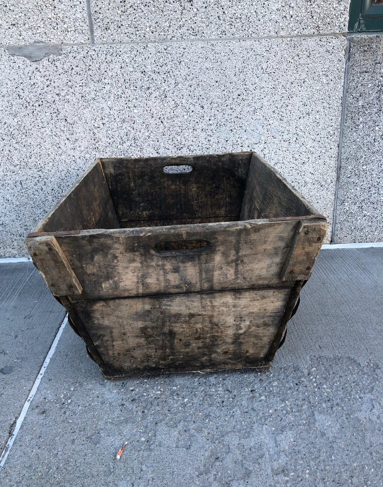 Midcentury French Champagne Harvest Basket For Sale 3