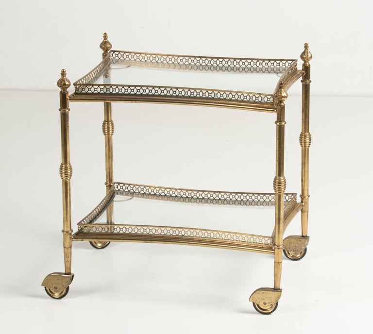 Mid-Century French Copper Bar Cart Trolley In Good Condition For Sale In Casteren, Noord-Brabant