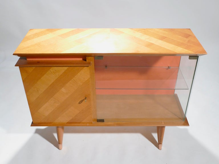 Midcentury French Modernist Cabinet Vaisselier, 1950s For Sale 1