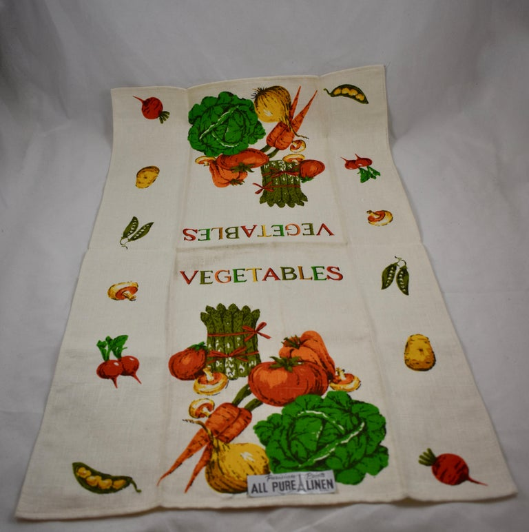 Midcentury Fruit and Vegetable Silkscreened Linen Tea Towels, S/2 For Sale 4